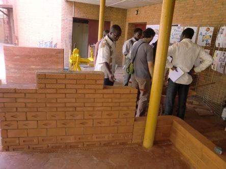 Philosophie africaine et consommation locale : cas des constructions